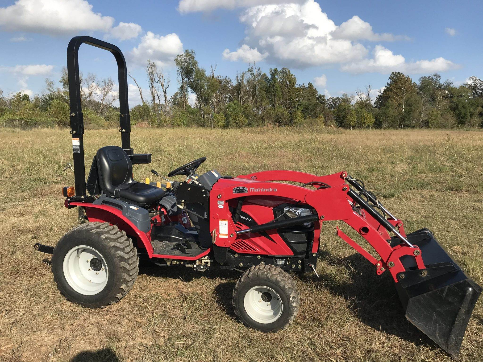 Sold - Mahindra EMax 25-HST